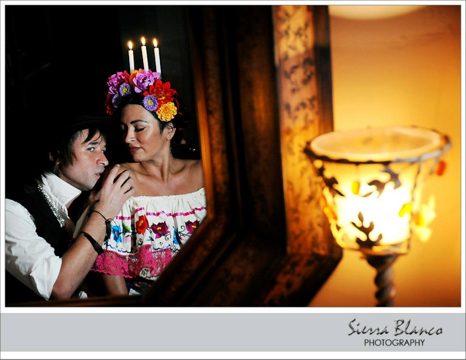 A Frida Kahlo Style Wedding During Dia de los Muertos / Primera Parte  ( Part one )